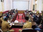 Gubernur Sumatera Barat, Mahyeldi saat silaturahmi bersama wartawan dan pimpinan media di Sumatera Barat | Semangatnews