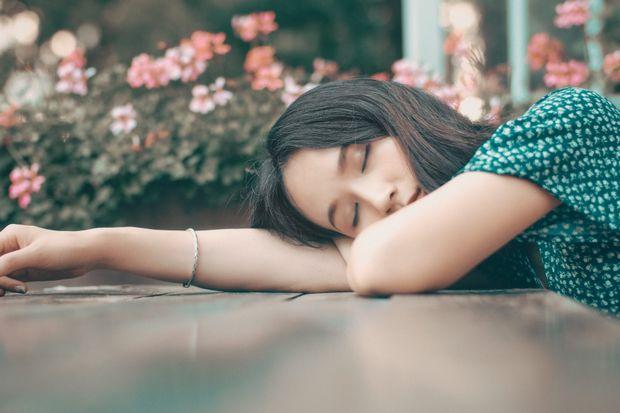 ilustrasi tidur dan bermimpi